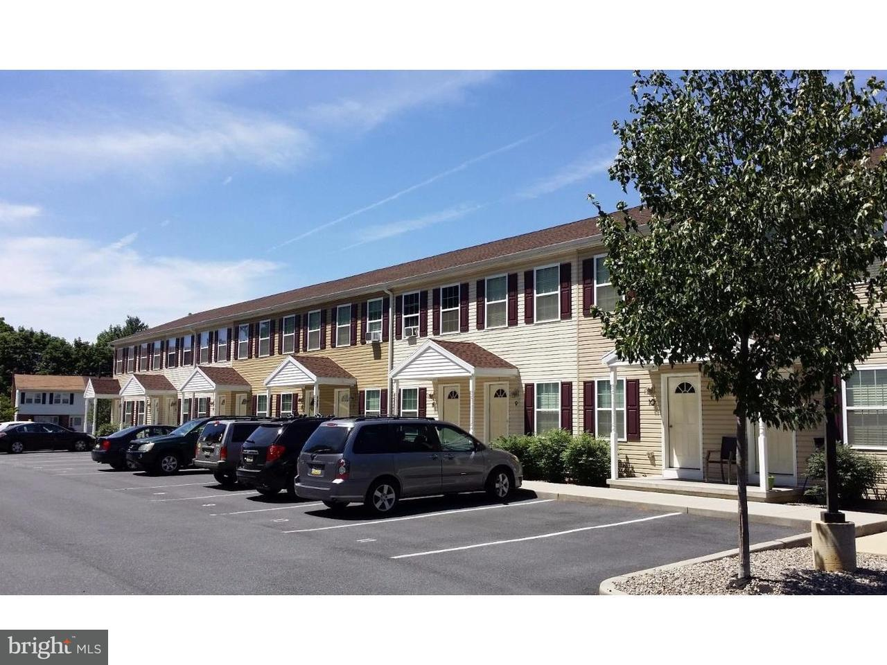 联栋屋 为 出租 在 75 S REBER ST #6 Wernersville, 宾夕法尼亚州 19565 美国