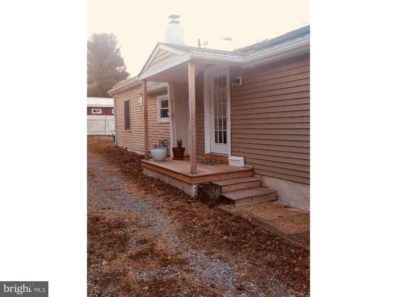 Maison unifamiliale pour l à louer à 218 LAFAYETTE Street Bordentown, New Jersey 08505 États-Unis