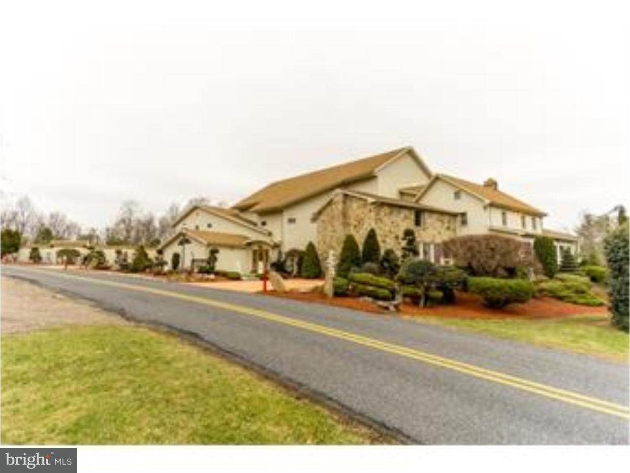 Single Family Home for Sale at 6271 BATMAN Drive Zionsville, Pennsylvania 18092 United States