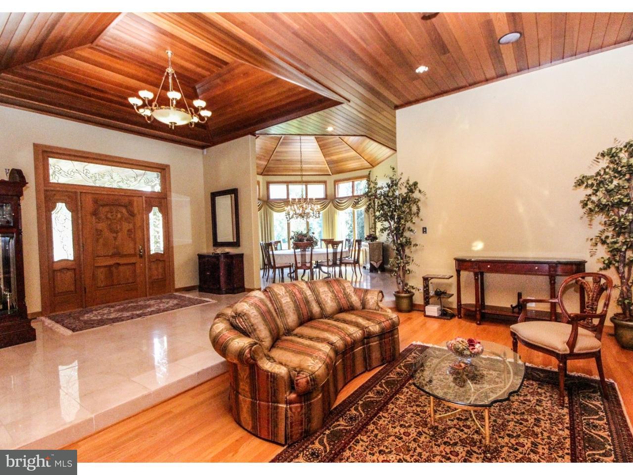 Частный односемейный дом для того Продажа на 100 LANTERN WAY Sewell, Нью-Джерси 08080 Соединенные Штаты