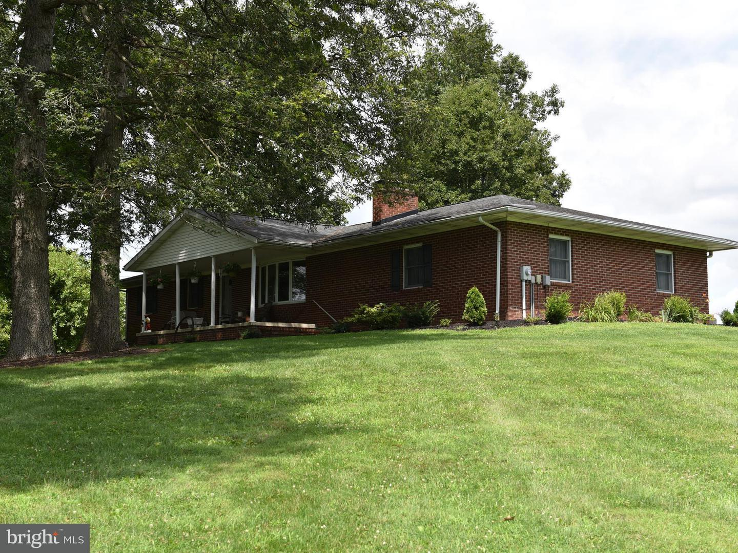 Farm for Sale at 9867 Grindstone Hill Rd Greencastle, Pennsylvania 17225 United States