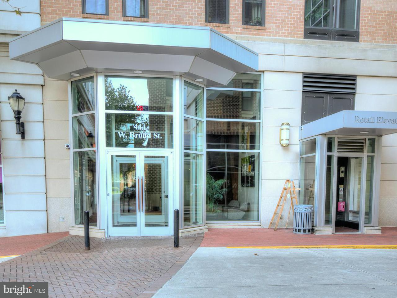 Condominium for Sale at 444 West Broad St #213 444 West Broad St #213 Falls Church, Virginia 22046 United States