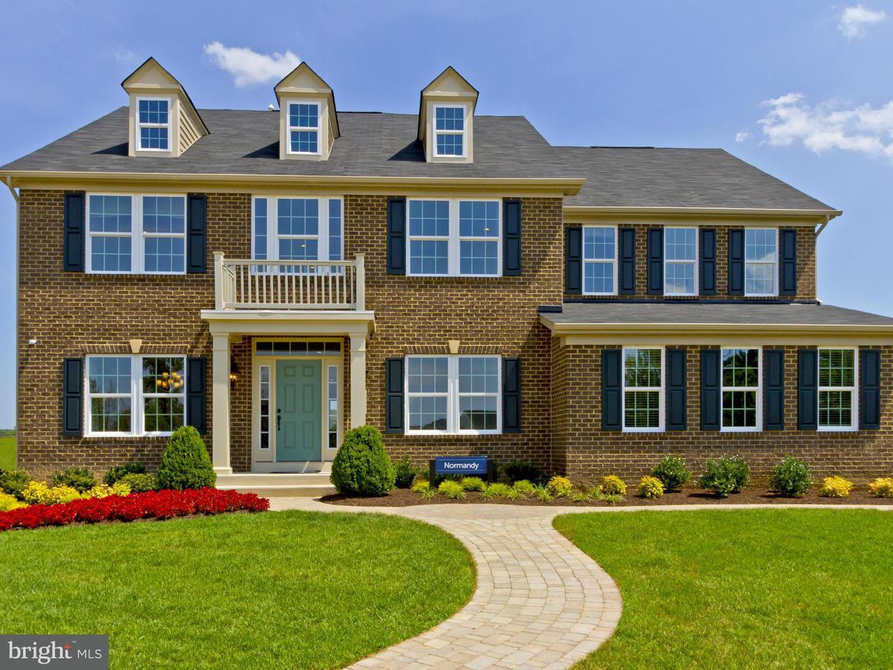 Частный односемейный дом для того Продажа на 5424 CASCADES Court 5424 CASCADES Court White Plains, Мэриленд 20695 Соединенные Штаты