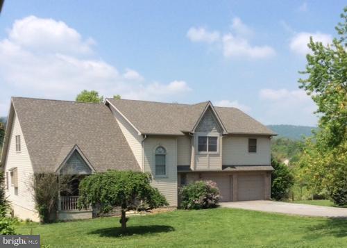 Farm / Hof für Verkauf beim 7105 ARDEN NOLLVILLE Road 7105 ARDEN NOLLVILLE Road Martinsburg, West Virginia 25403 Vereinigte Staaten