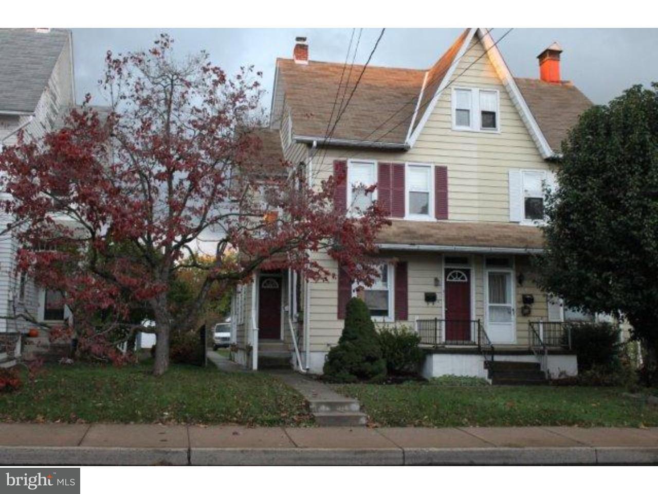 Maison unifamiliale pour l à louer à 411 E BROAD Street Quakertown, Pennsylvanie 18951 États-Unis