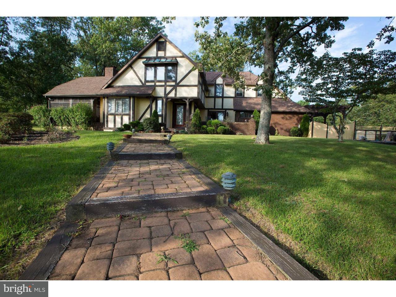 Частный односемейный дом для того Продажа на 6173 BLACK HORSE PIKE Mays Landing, Нью-Джерси 08330 Соединенные ШтатыВ/Около: Hamilton Township