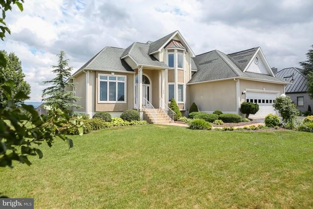 Eensgezinswoning voor Verkoop een t 1856 COLLEGE Avenue 1856 COLLEGE Avenue Harrisonburg, Virginia 22802 Verenigde Staten