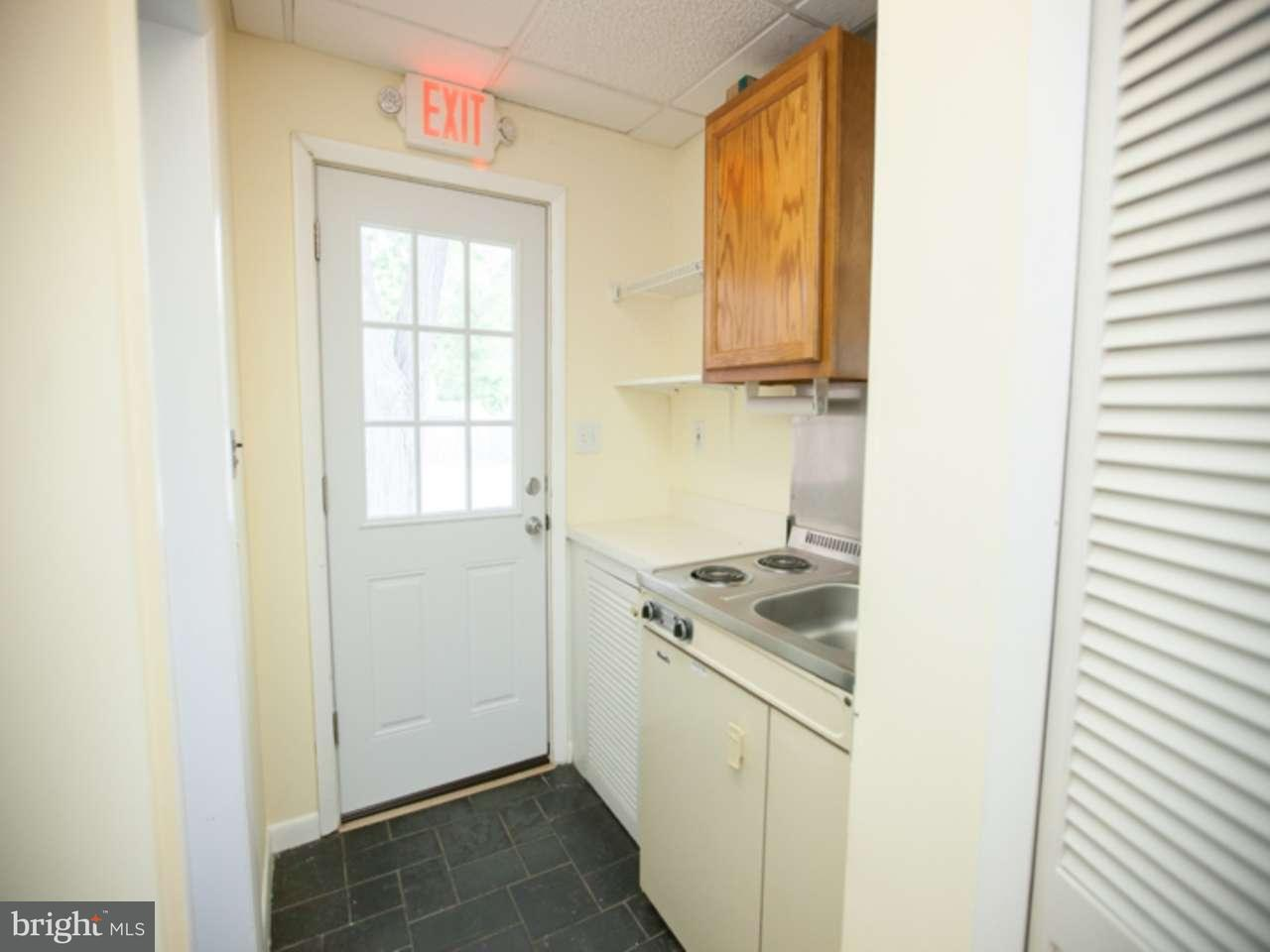 Additional photo for property listing at 915 HADDON Avenue  Collingswood, New Jersey 08108 États-Unis