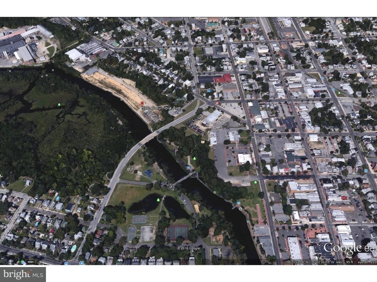 Maison unifamiliale pour l Vente à 500 COLUMBIA Avenue Millville, New Jersey 08332 États-Unis