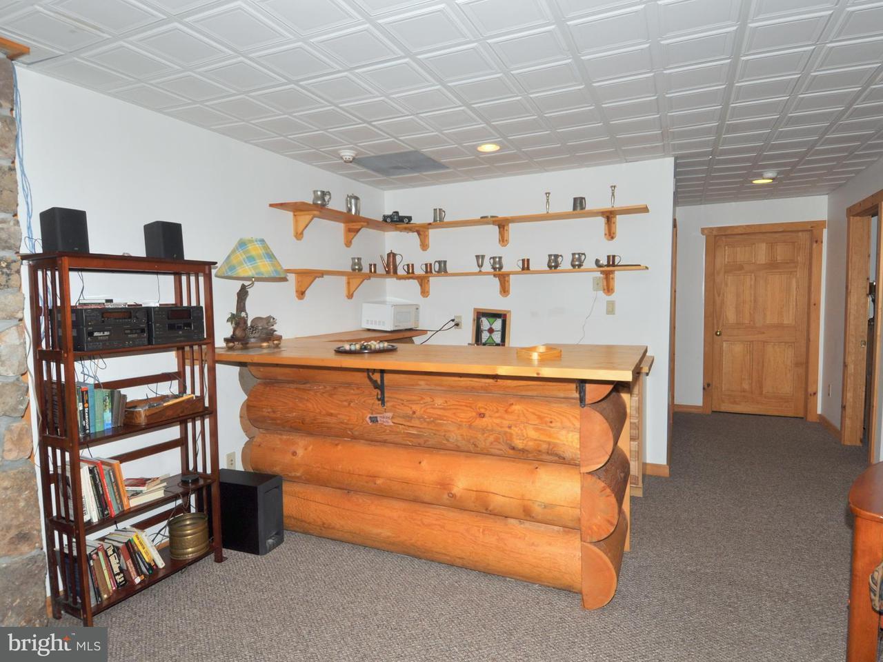 Additional photo for property listing at 207 BREAKAGE WAY 207 BREAKAGE WAY Berkeley Springs, West Virginia 25411 Estados Unidos
