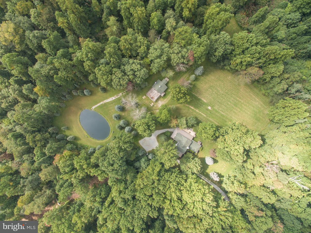 Eensgezinswoning voor Verkoop een t 120 SNYDERS HOLLOW Lane 120 SNYDERS HOLLOW Lane Fairfield, Pennsylvania 17320 Verenigde Staten