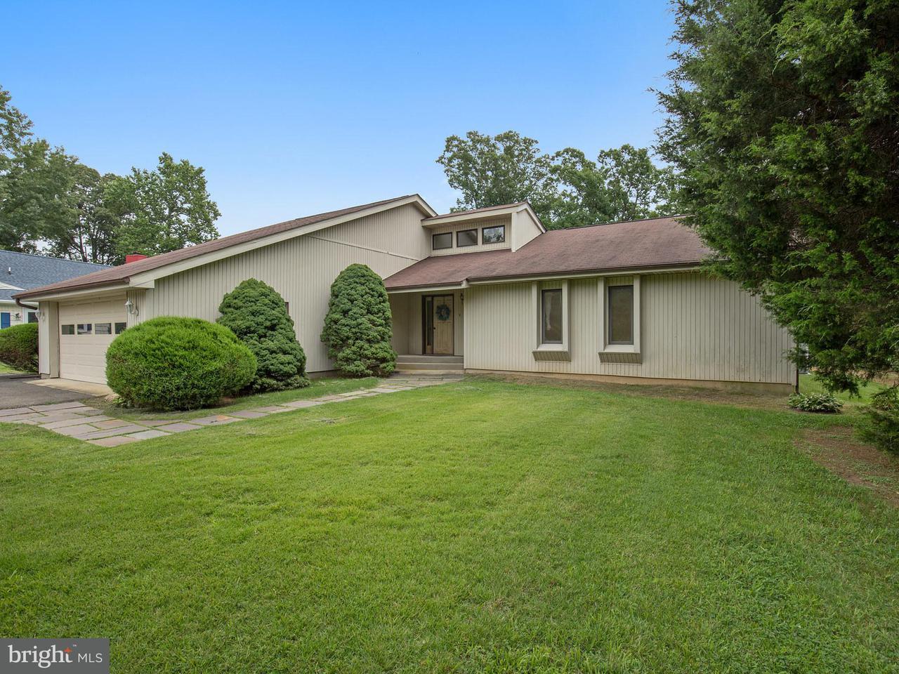 Maison unifamiliale pour l Vente à 12172 PRESTON Drive 12172 PRESTON Drive Lusby, Maryland 20657 États-Unis