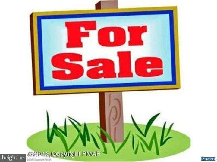 Частный односемейный дом для того Продажа на RT 191 Henryville, Пенсильвания 18332 Соединенные Штаты