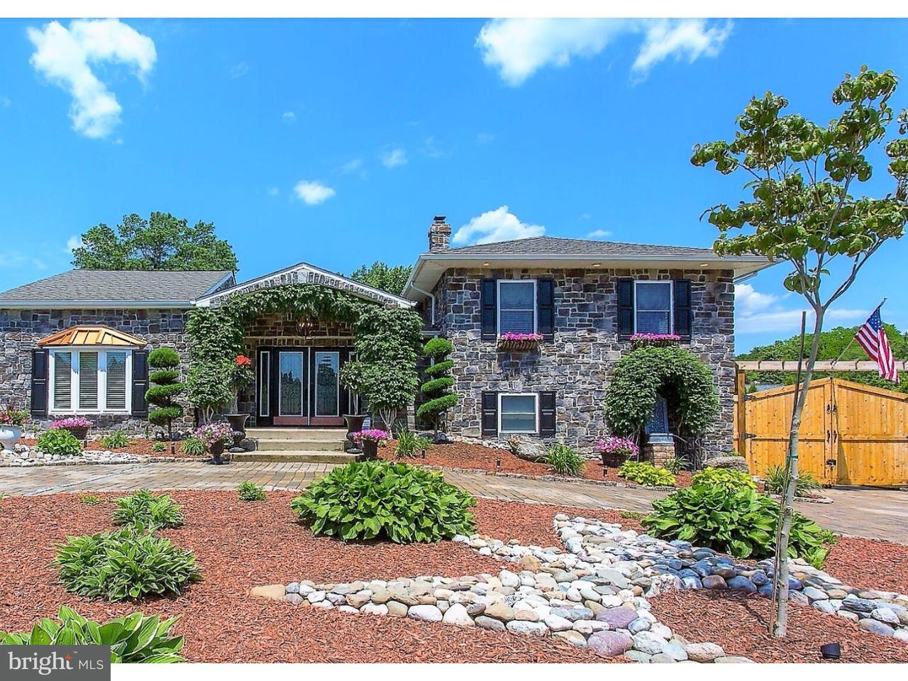 独户住宅 为 销售 在 302 S NEW ARDMORE Avenue Broomall, 宾夕法尼亚州 19008 美国