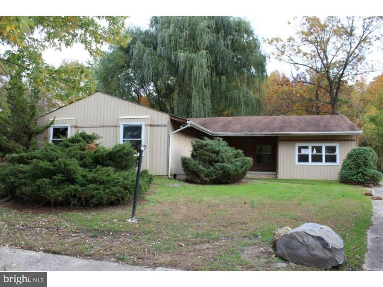 Частный односемейный дом для того Продажа на 373 JOHN F KENNEDY BLVD Lawnside, Нью-Джерси 08045 Соединенные Штаты
