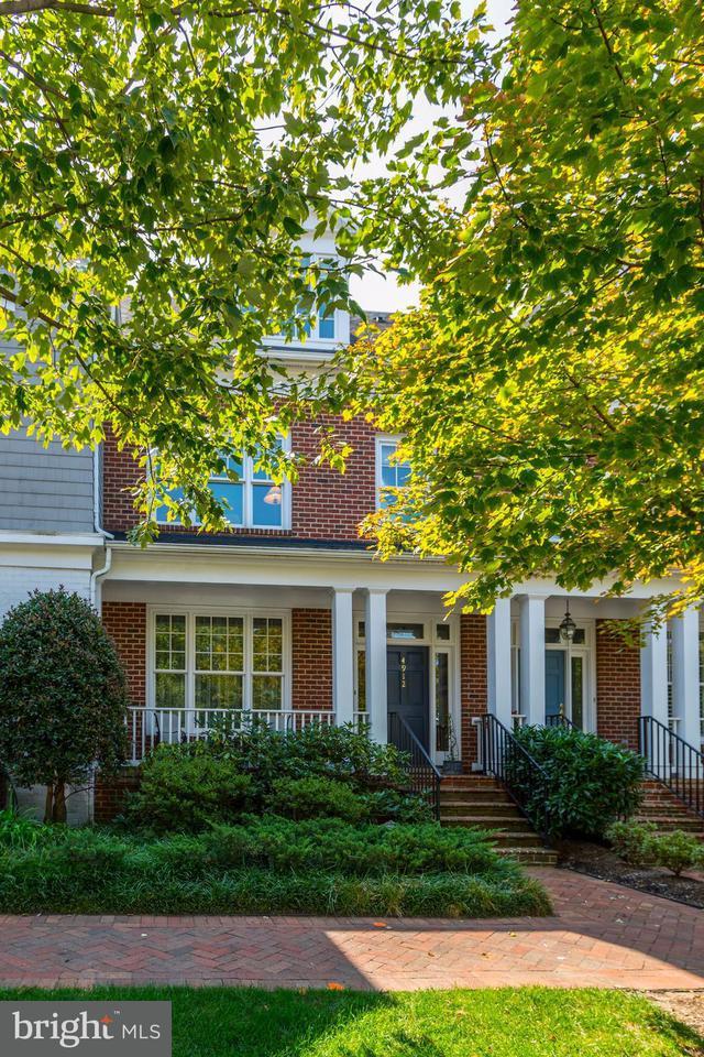 タウンハウス のために 売買 アット 4912 EDGEMOOR Lane 4912 EDGEMOOR Lane Bethesda, メリーランド 20814 アメリカ合衆国