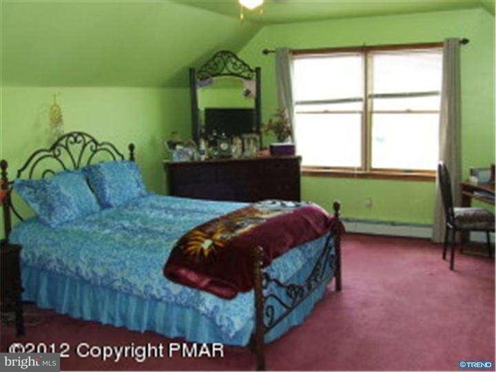 Additional photo for property listing at 620 TWISTED OAK Lane  Effort, Pennsylvania 18330 Estados Unidos