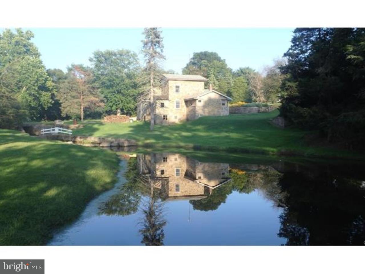 Частный односемейный дом для того Продажа на 17 FLEETWOOD Road Fleetwood, Пенсильвания 19522 Соединенные Штаты