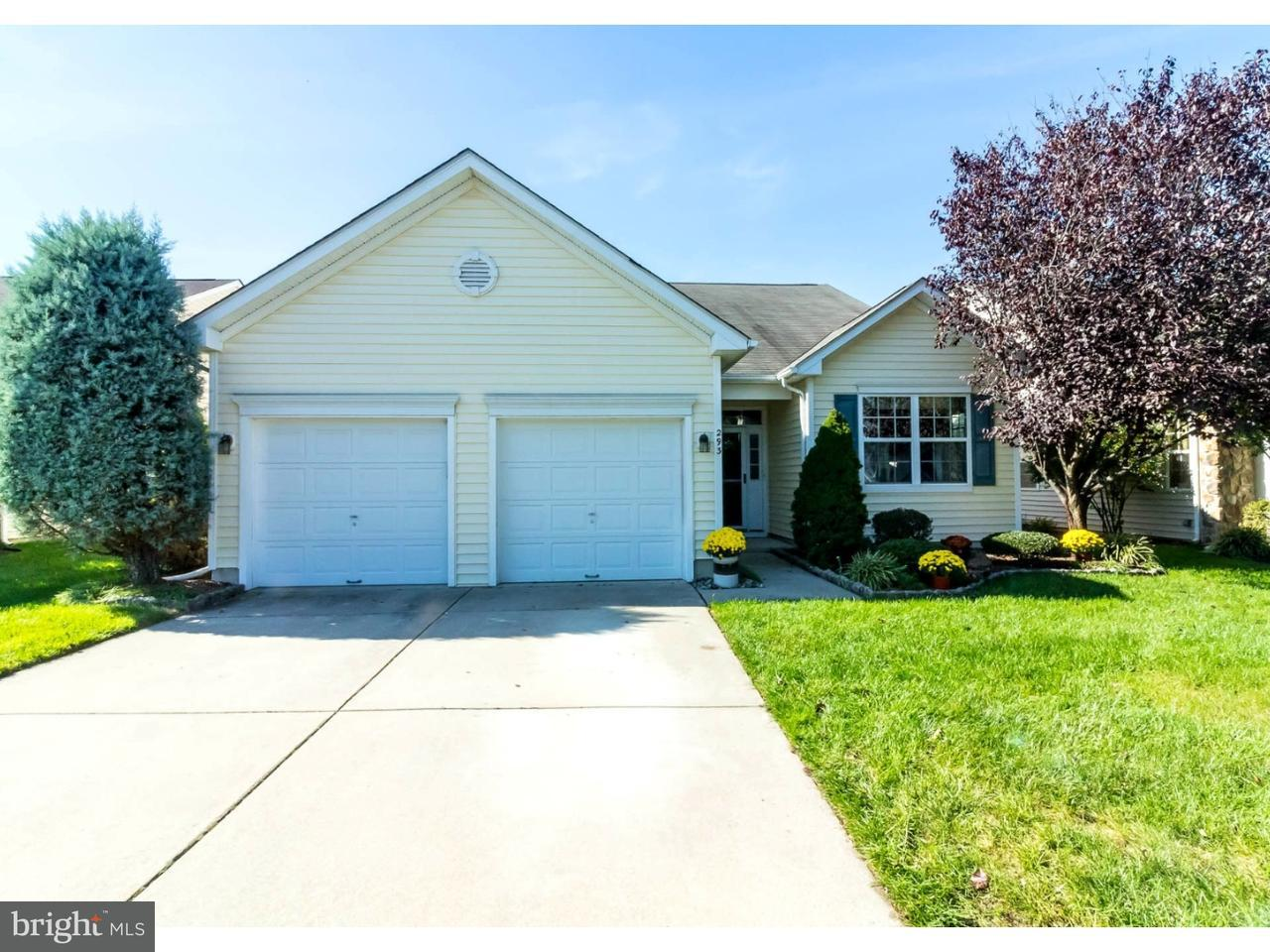 Casa Unifamiliar por un Venta en 293 NIGHT HAWK Circle Thorofare, Nueva Jersey 08086 Estados Unidos