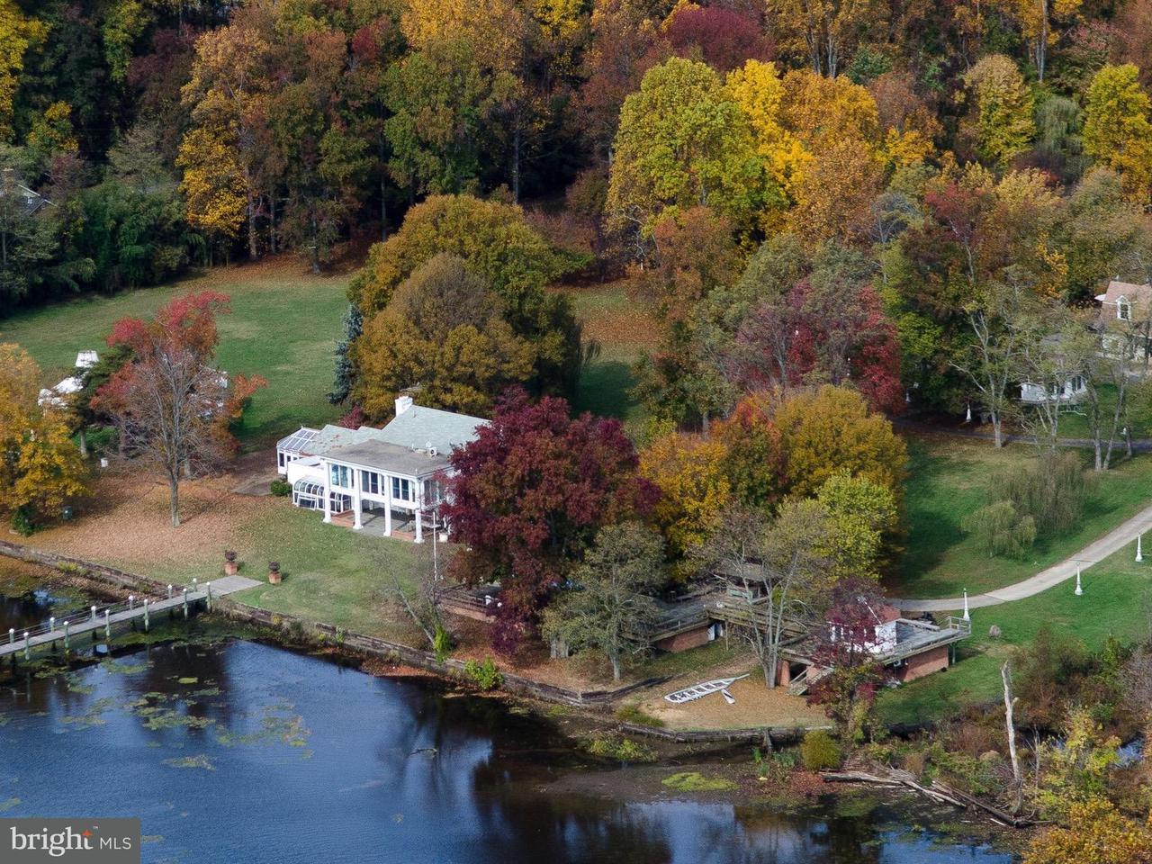 Einfamilienhaus für Verkauf beim 10606 BELMONT BLVD 10606 BELMONT BLVD Lorton, Virginia 22079 Vereinigte Staaten