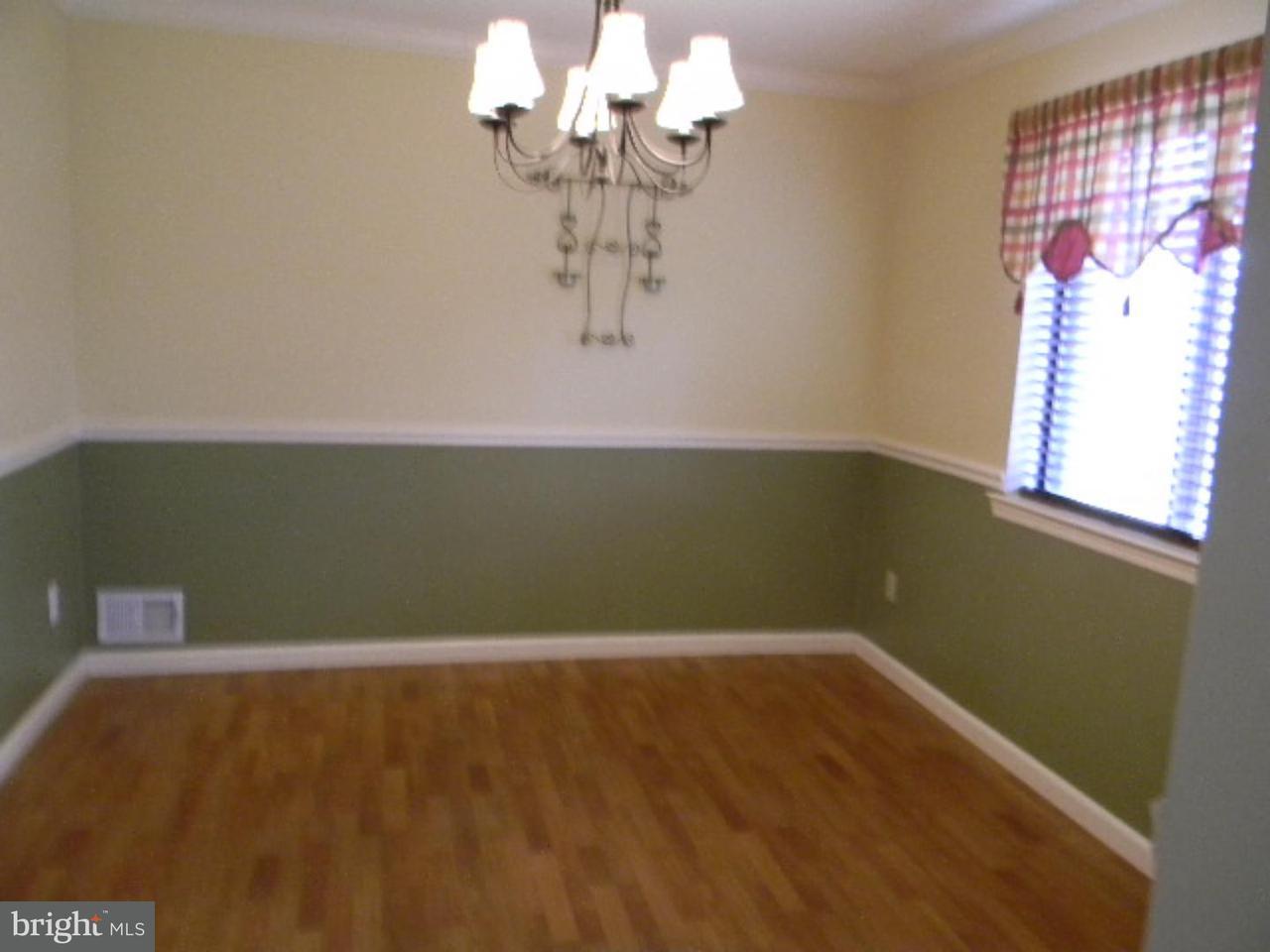 Частный односемейный дом для того Аренда на 2313 OLD STONE MILL Drive Cranbury, Нью-Джерси 08512 Соединенные ШтатыВ/Около: East Windsor Township