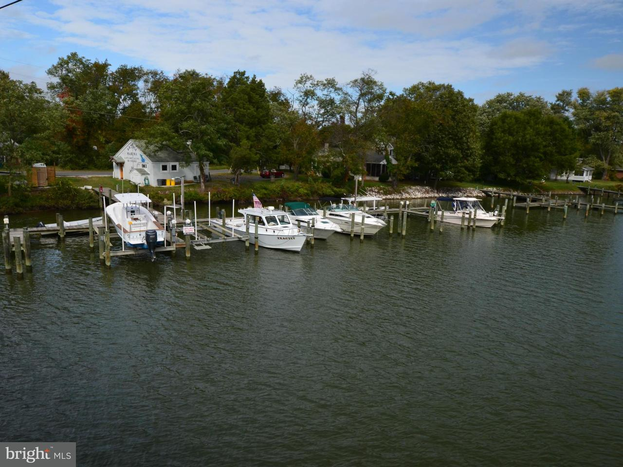Additional photo for property listing at 5979 ROCKHOLD CREEK Road 5979 ROCKHOLD CREEK Road Deale, Maryland 20751 Stati Uniti