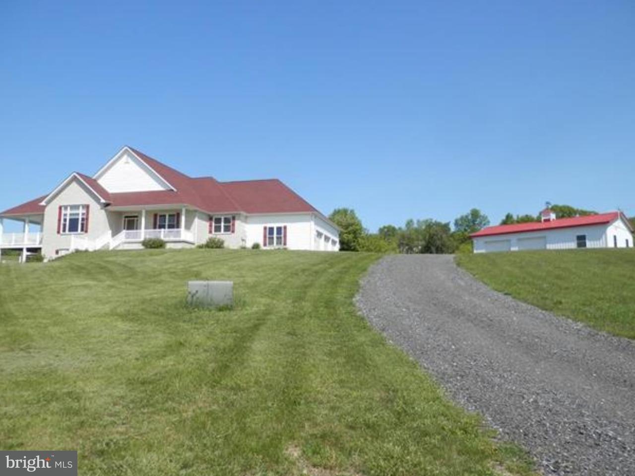 Частный односемейный дом для того Продажа на 3926 BLACKSMITH Road New Tripoli, Пенсильвания 18066 Соединенные Штаты
