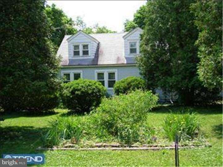 Casa Unifamiliar por un Alquiler en 9 RED HILL Road Pipersville, Pennsylvania 18947 Estados Unidos