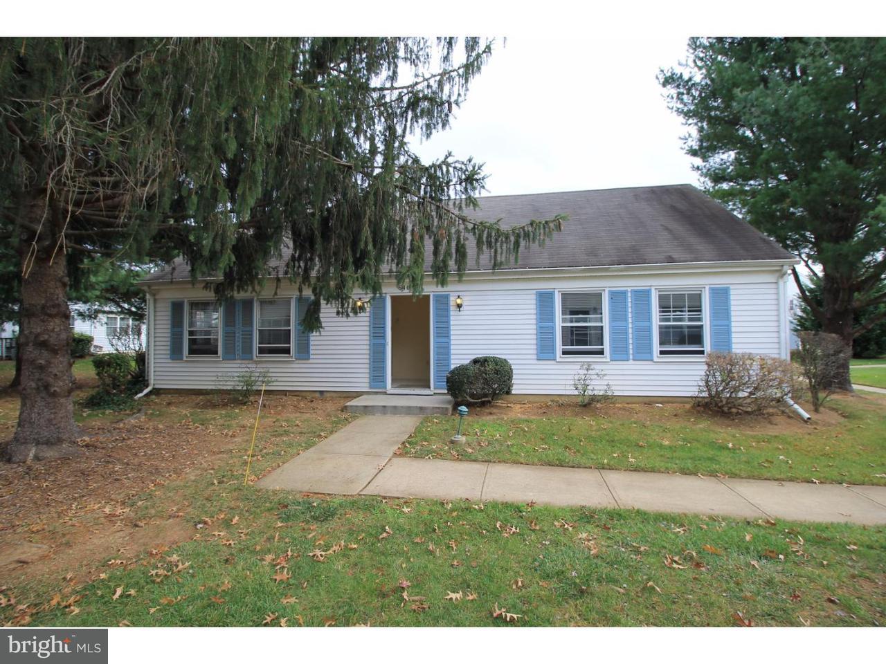 Частный односемейный дом для того Аренда на 640 YORKSHIRE LN #C Monroe, Нью-Джерси 08831 Соединенные ШтатыВ/Около: Monroe Township