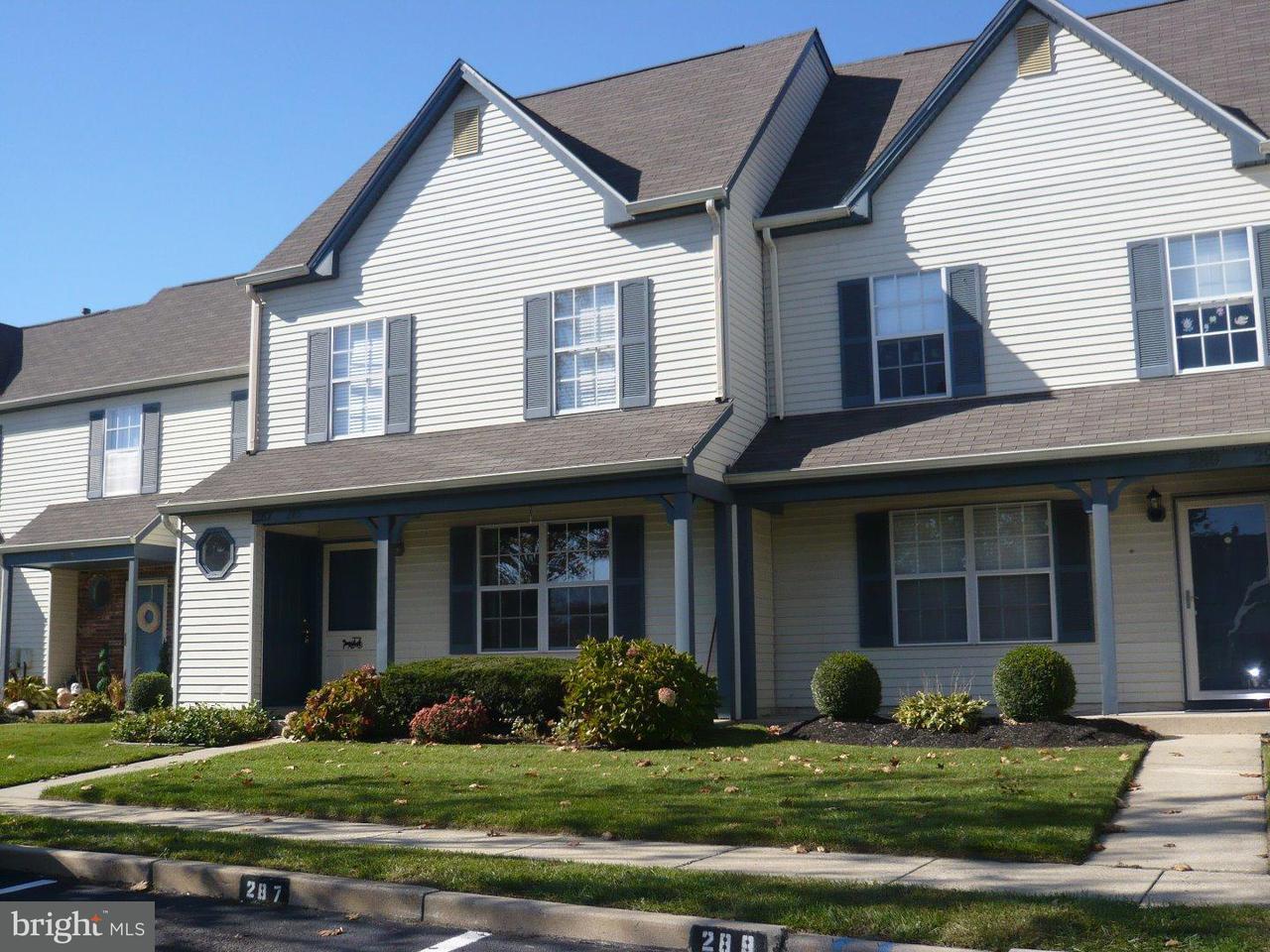 Appartement en copropriété pour l à louer à 287 KNOLL Drive Blackwood, New Jersey 08012 États-Unis