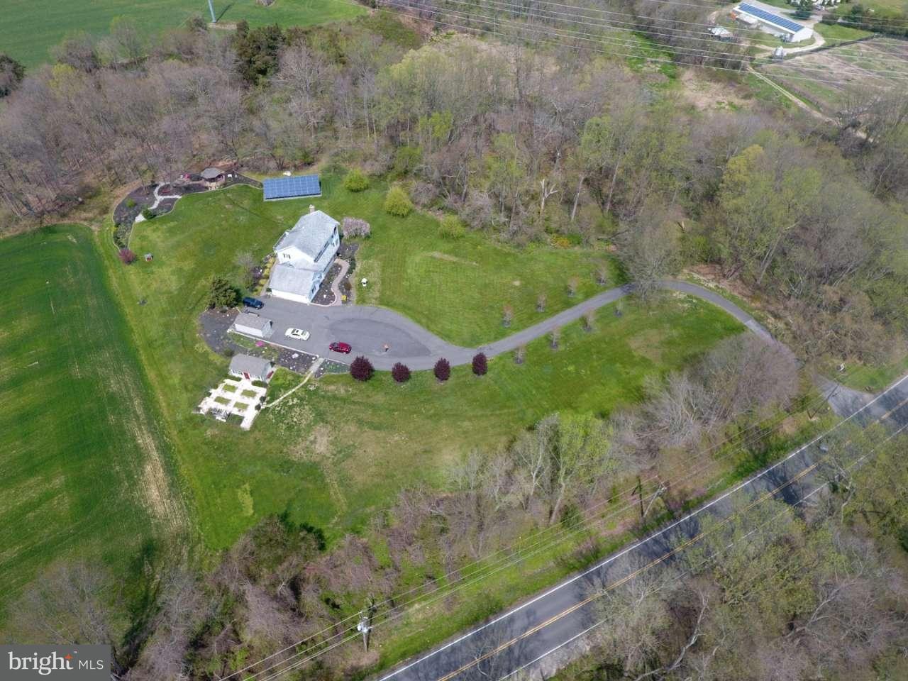 Maison unifamiliale pour l Vente à 909 KINGS HWY Woodstown, New Jersey 08098 États-Unis