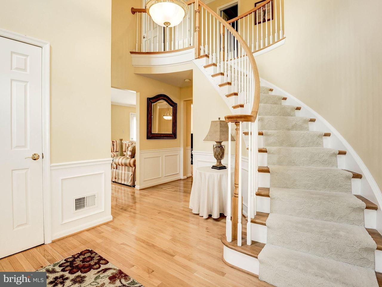タウンハウス のために 売買 アット 2050 GALLOWS TREE Court 2050 GALLOWS TREE Court Vienna, バージニア 22182 アメリカ合衆国