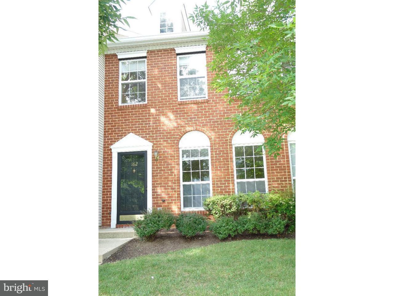 Condominio por un Alquiler en 162 SHREWSBURY Court Pennington, Nueva Jersey 08534 Estados UnidosEn/Alrededor: Hopewell Township