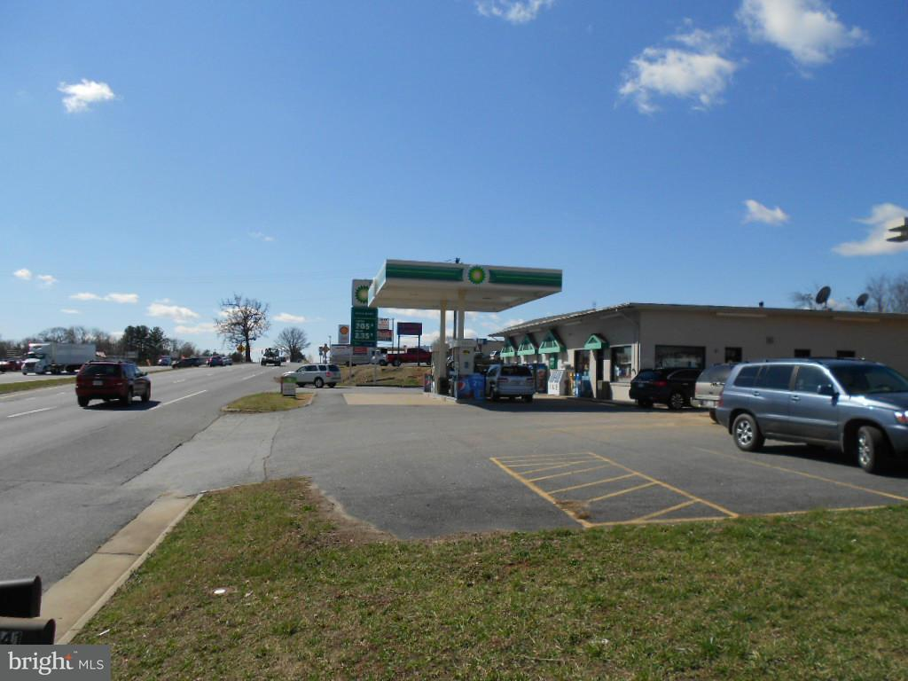 Commercial for Sale at 8723 Seminole Trl Ruckersville, Virginia 22968 United States