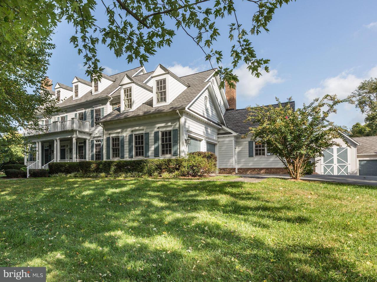 Частный односемейный дом для того Продажа на 15301 BERRYVILLE Road 15301 BERRYVILLE Road Darnestown, Мэриленд 20874 Соединенные Штаты