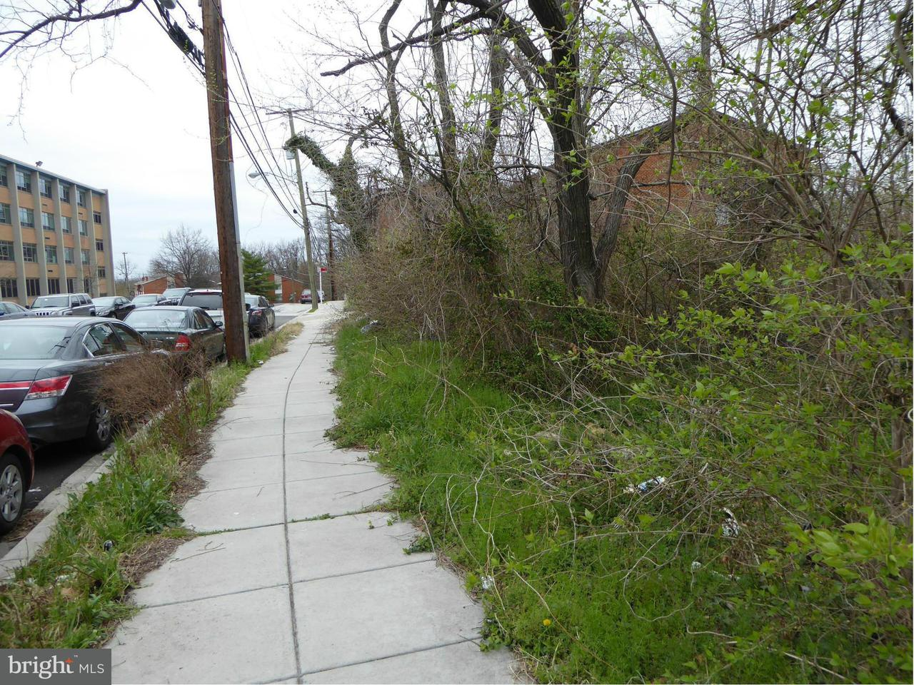 Additional photo for property listing at Bruce Pl Se Bruce Pl Se Washington, District Of Columbia 20020 Verenigde Staten