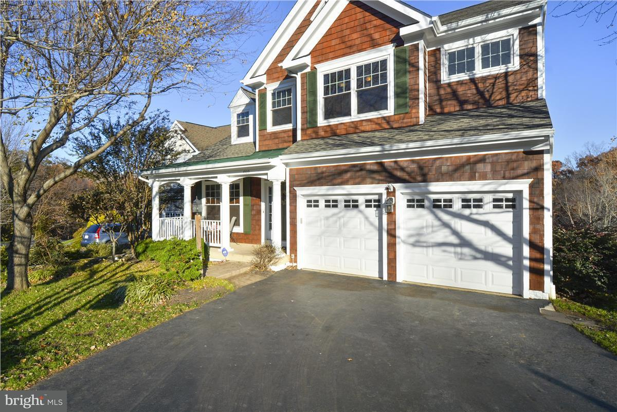 Single Family Home for Sale at 4909 BREEZE WAY 4909 BREEZE WAY Dumfries, Virginia 22025 United States