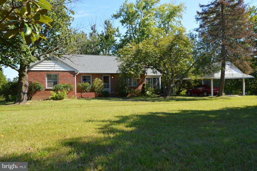 農場 のために 売買 アット 6905 SOUTHERN MARYLAND BLVD 6905 SOUTHERN MARYLAND BLVD Owings, メリーランド 20736 アメリカ合衆国