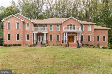 Single Family Home for Sale at 7108 BENJAMIN Street 7108 BENJAMIN Street McLean, Virginia 22101 United States