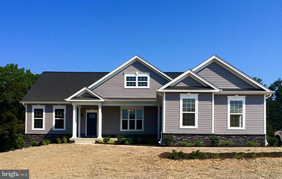 獨棟家庭住宅 為 出售 在 7300 CHICAMUXEN Road 7300 CHICAMUXEN Road Nanjemoy, 馬里蘭州 20662 美國