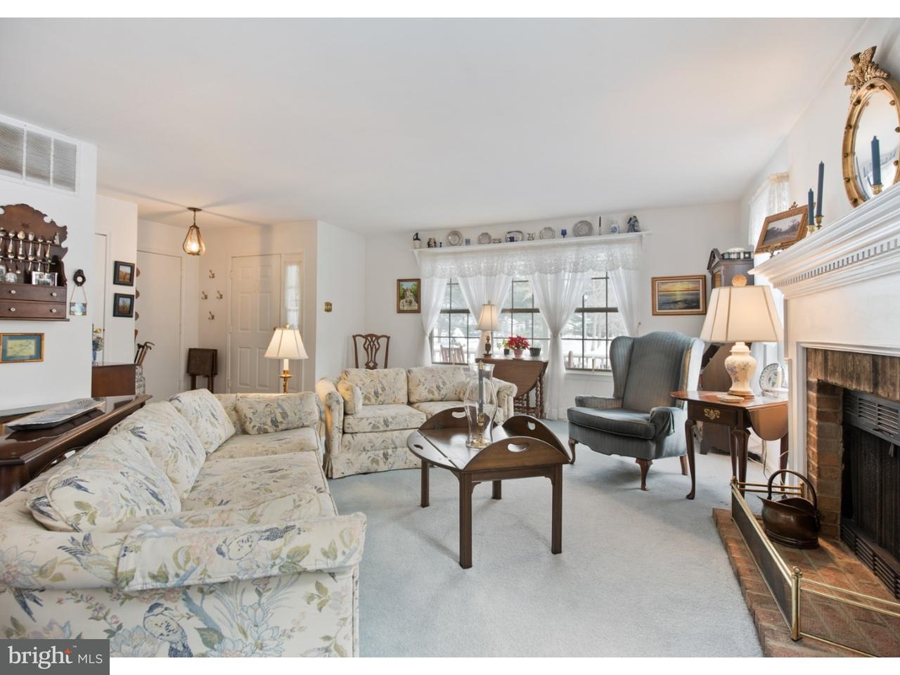 Casa unifamiliar adosada (Townhouse) por un Venta en 31 BRETSHIRE Court Medford, Nueva Jersey 08055 Estados Unidos