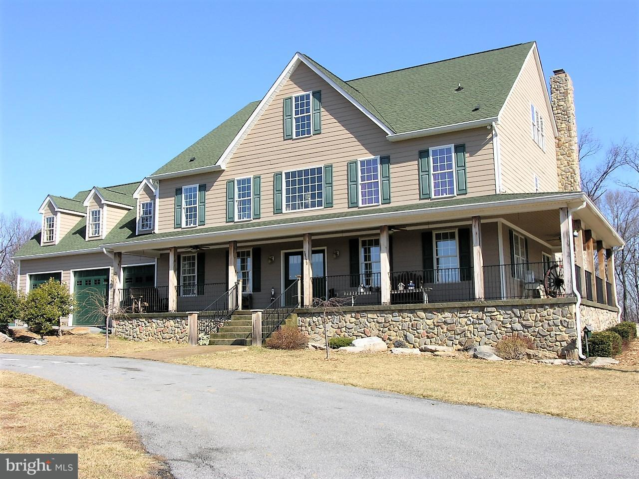 獨棟家庭住宅 為 出售 在 34176 Charles Town Pike 34176 Charles Town Pike Purcellville, 弗吉尼亞州 20132 美國