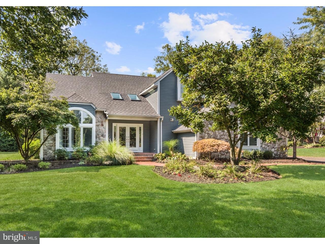 Maison unifamiliale pour l Vente à 703 TAIT Lane Cinnaminson, New Jersey 08077 États-Unis