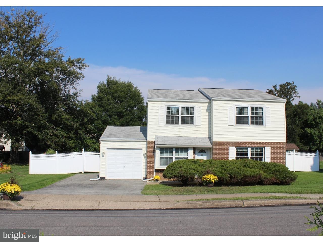 Maison unifamiliale pour l Vente à 4137 JOSHUA Road Lafayette Hill, Pennsylvanie 19444 États-Unis