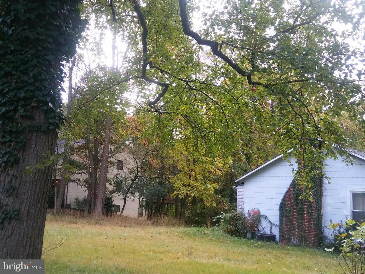 Additional photo for property listing at 8915 HICKORY HILL Avenue 8915 HICKORY HILL Avenue Lanham, Maryland 20706 Estados Unidos