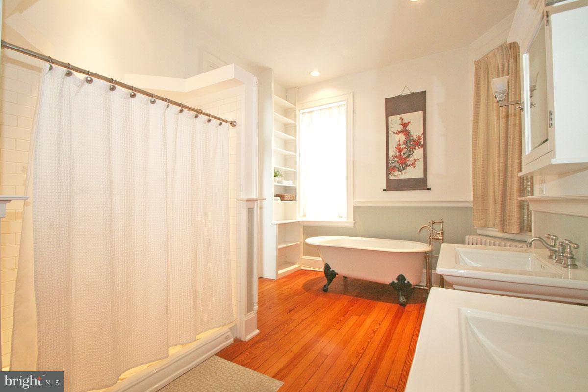 Mehrfamilienhaus für Verkauf beim 1712 Eutaw Place 1712 Eutaw Place Baltimore, Maryland 21217 Vereinigte Staaten