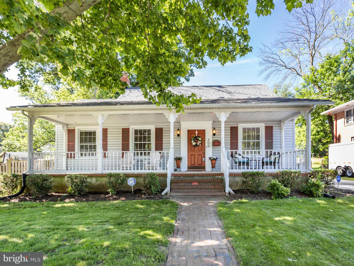 Single Family for Sale at 309 Music Ln Linthicum Heights, Maryland 21090 United States