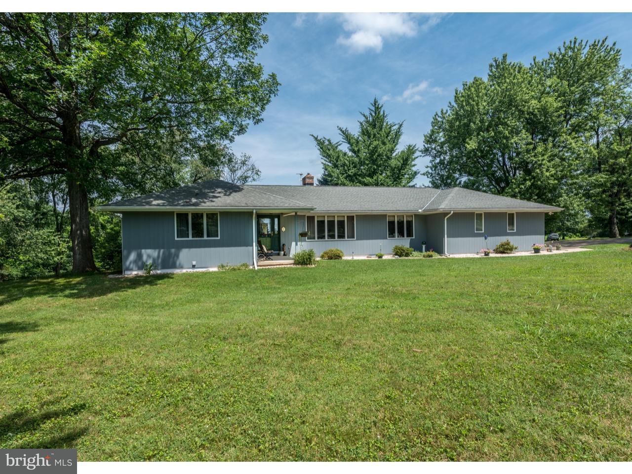 独户住宅 为 销售 在 624 CONOWINGO Road Quarryville, 宾夕法尼亚州 17566 美国