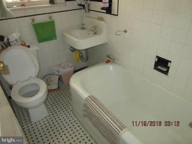 Additional photo for property listing at 906 S ST NW 906 S ST NW Washington, Округ Колумбия 20001 Соединенные Штаты