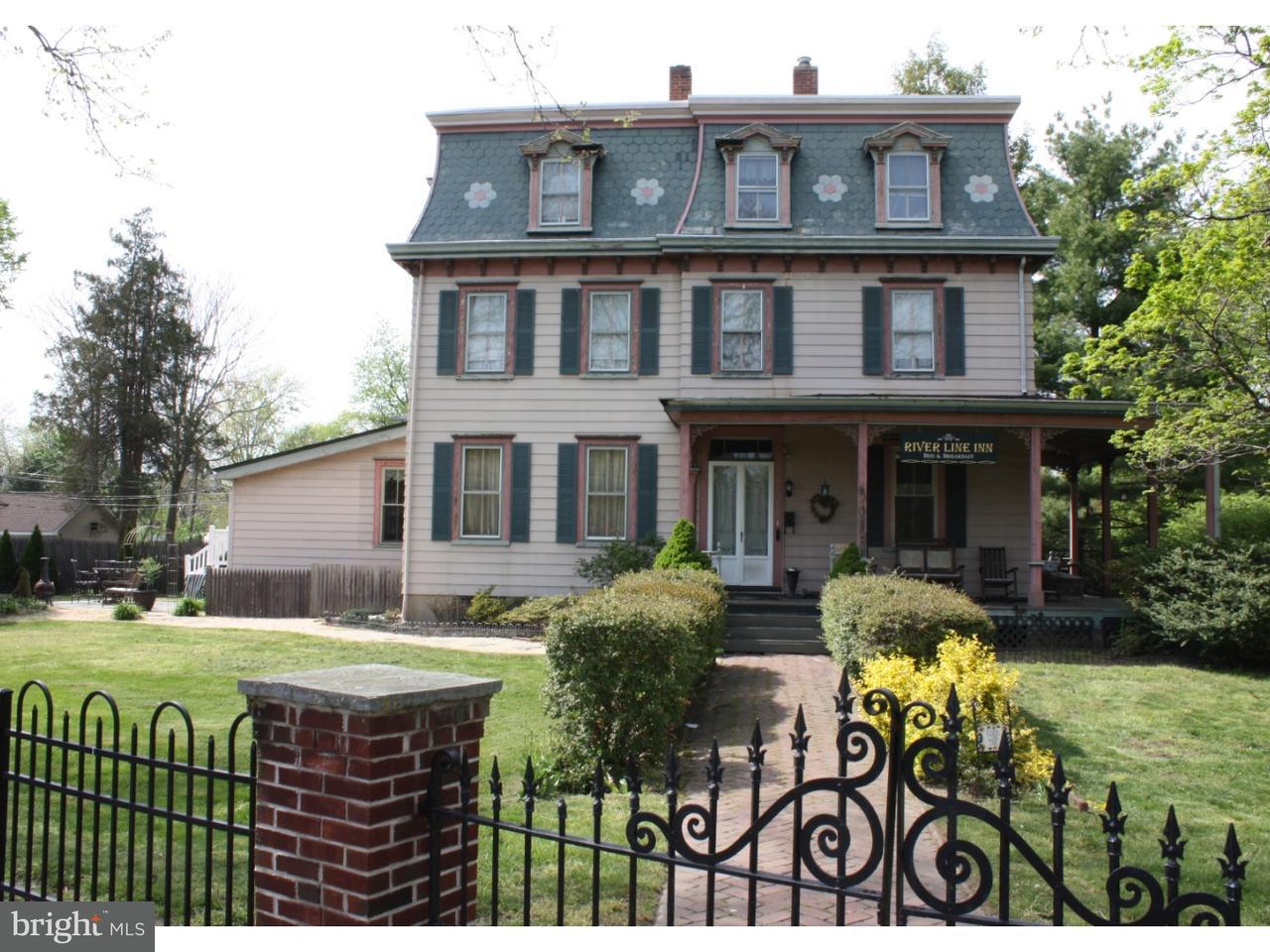 Single Family Home for Sale at 204 BROAD Street Riverton, New Jersey 08077 United States